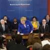 Presidenta Bachelet Firma Proyecto de Ley de Migraciones