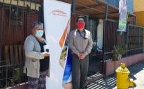 Vecinos de Sierra Gorda Recibieron Termómetros Digitales Para la Prevención Sel Coronavirus en su Propio Hogar