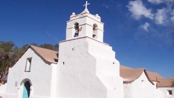 Centro de Políticas Públicas UC y Minera El Abra Lanzan Plataforma de Formación Gratuita Para Comunidades Indígenas de la Región de Antofagasta