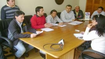 TRABAJADORES MINEROS EN ESTADO DE ALERTA Y SE AVIZORA PARO NACIONAL DEL SECTOR