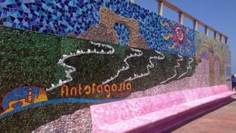 Municipio Inaugura Colorido Mural en Paseo del Mar