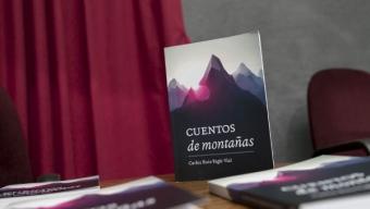 """Académico de la UCN Presentó Libro """"Cuentos de Montaña"""""""