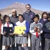 Entregan Notebooks y Pulseras Inteligentes a Alumnos de Escuela de Ollagüe