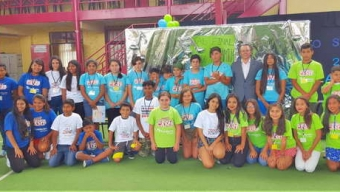 Estudiantes Mejoran su Ingles en Campamento de Verano AES