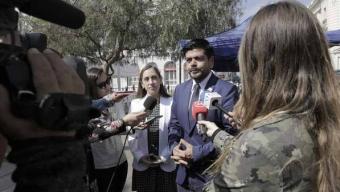 Autoridades de Gobierno y Cónsul de Colombia Refuerzan Llamado a Extranjeros a Regularizar su Situación Migratoria
