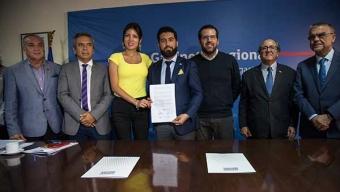 Intendente Constituye la Primera Sesión Del Consejo Ciudad-Puerto y Oficializa su Nuevo Reglamento