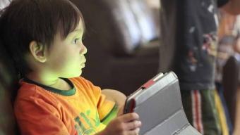Consejos Para Que Tus Hijos Utilicen Internet de Forma Segura Durante Vacaciones