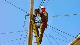 Retiran Más de 4 Mil Metros de Cables en Desuso en Avenida Bonilla