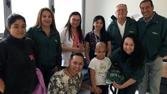 Corporación Oncofeliz Feliz Donó 10 Kit de Innovador Recurso de Aprendizaje Sobre el Cáncer Infantil