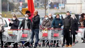 En Antofagasta y Mejillones Farmacias, Supermercados y Ferias Exigirán Permisos Temporales de Compra Para Atender a Clientes
