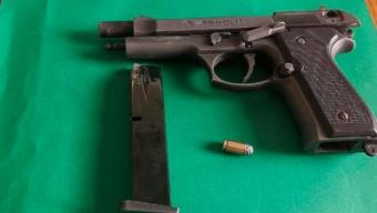 Fiesta en Plena Vía Pública Deja 11 Extranjeros Detenidos y la Incautación de Arma de Fogueo Modificada