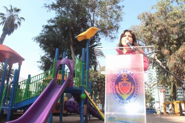 Parque Brasil Cuenta Con Modernos Juegos Para Niños | Region2.cl